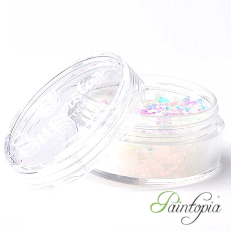Sweet Pearl Superstar Chunky Glitter is a white, irridescent glitter presented in a 8ml clear plastic screw lid pot