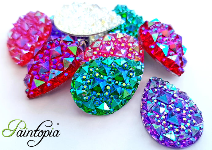 A beautiful bag of 10 sparkly, flat back gems perfect for adding beautiful detail to your face and bodypaint designs.