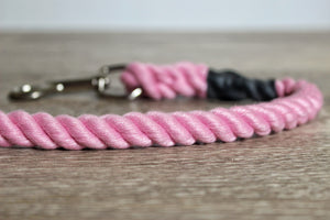 Outhwaites Dog Lead - Pink Trigger Hook
