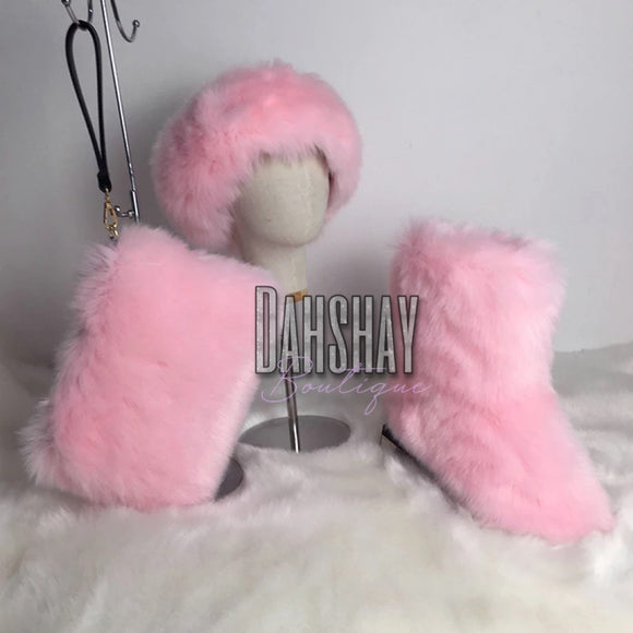 Custom Fur Boot Set