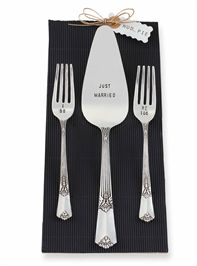 Just Married Serving Set
