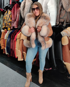 WOMEN SHEARLING- COGNAC WAIST LENGTH WITH CRYSTAL FUR FOX