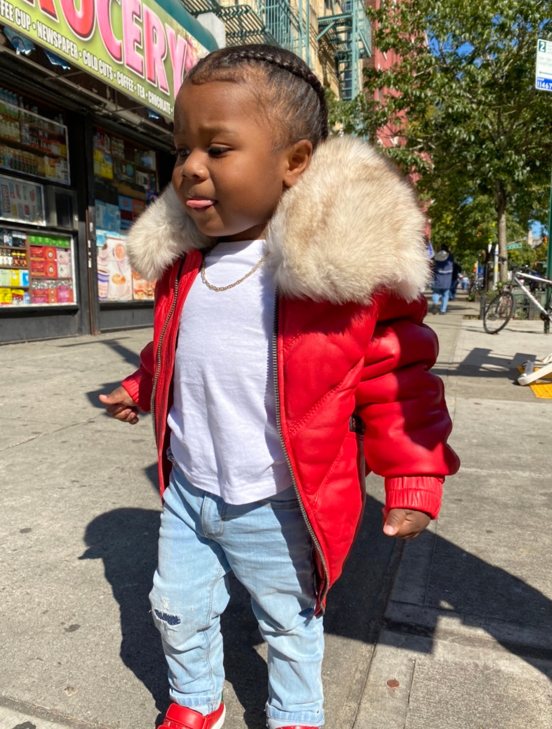 KIDS- RED V BOMBER WITH OFF WHITE FOX COLLAR