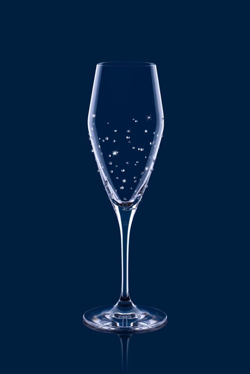 - signature cocktail - DIY dinner - tableware - Swarovski crystals - decorating ideas - decor - wine glasses - unique drinking glasses - champagne cocktail - champagne - champagne glass - glassware  - wine glass