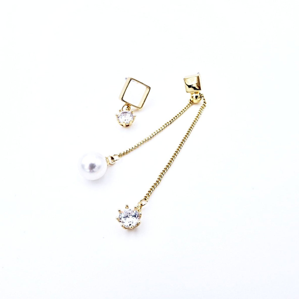 Mismatched Geometric Earrings with Long Drop Pearl - Cofairy