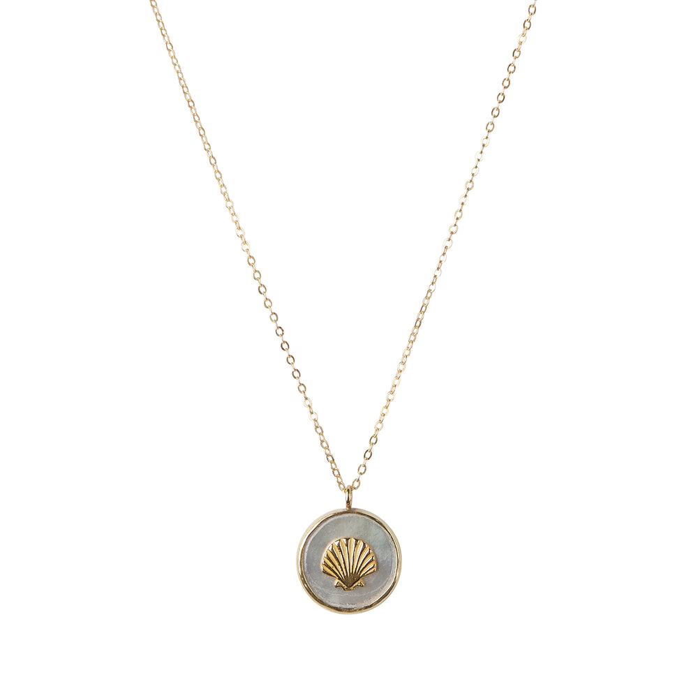 Shell on mother of pearl necklace