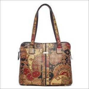 WOMENS HANDBAGS AND PURSES