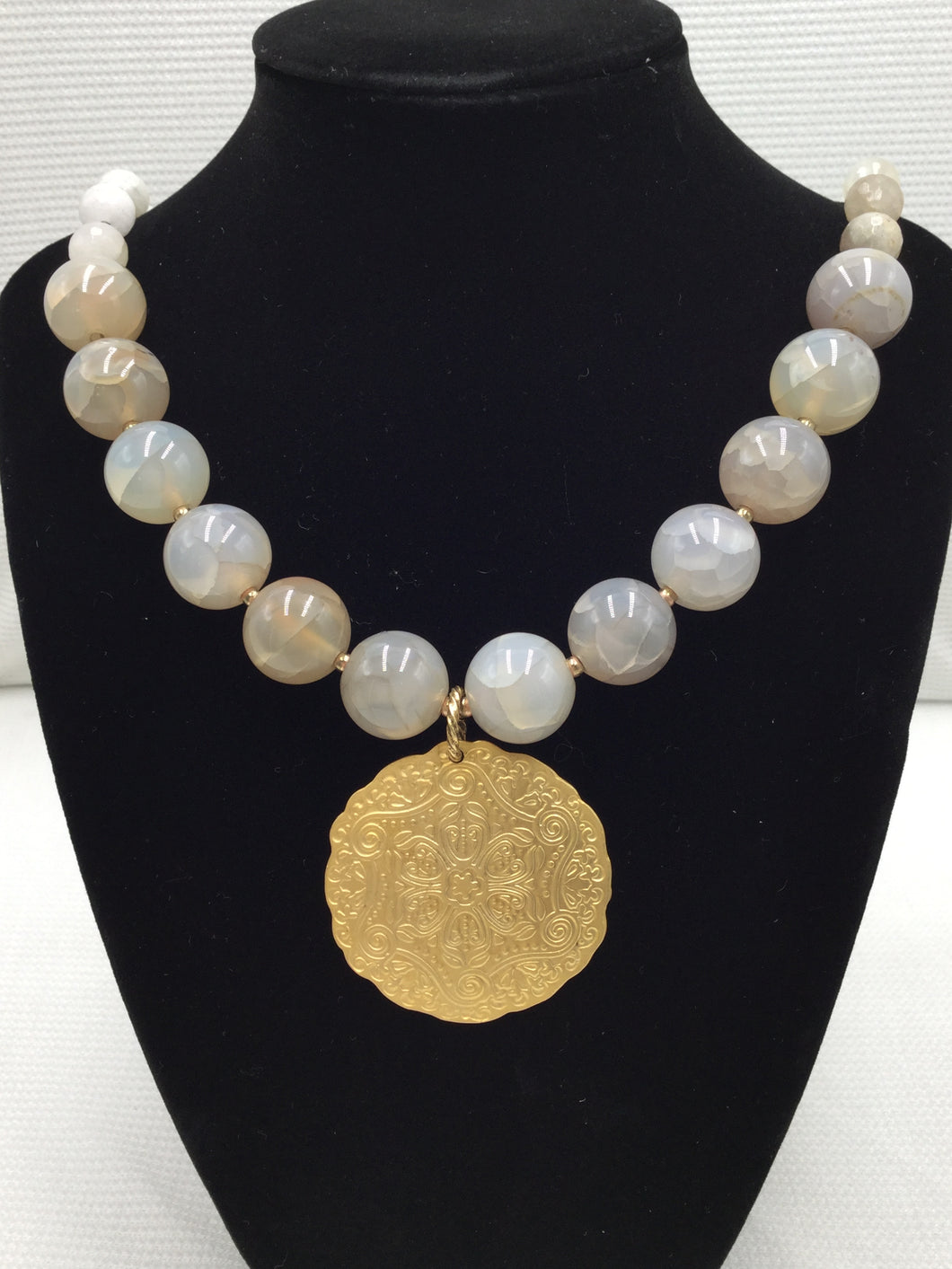 Necklace - Cream Agate with Gold