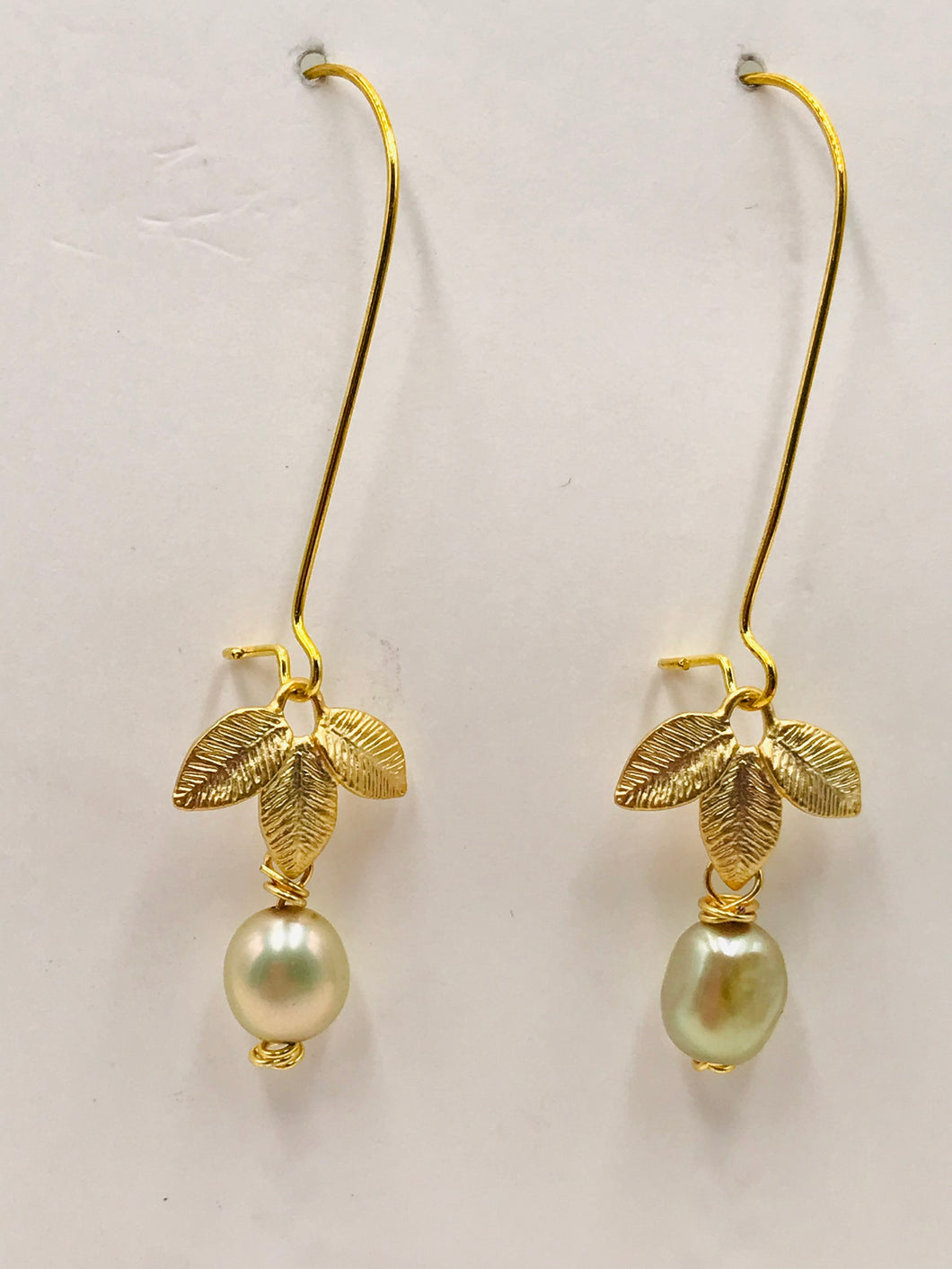 Leaves with Pearl
