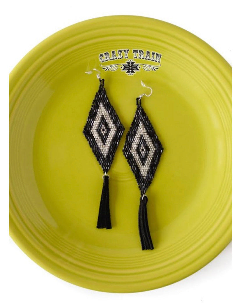 Broken Bow Earrings- Black Silver