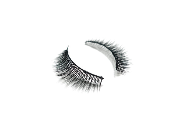 Feather Like Cruelty Free Lashes™ – Camellia - VENICS