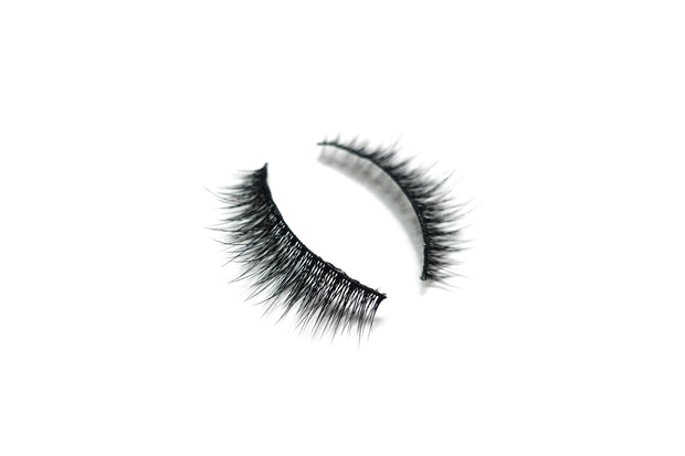 Feather Like Cruelty Free Lashes™ – Jasmine - VENICS