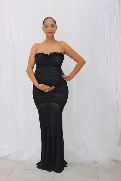 Red carpet maternity gowns