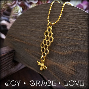 Bee Necklace - Adorable.