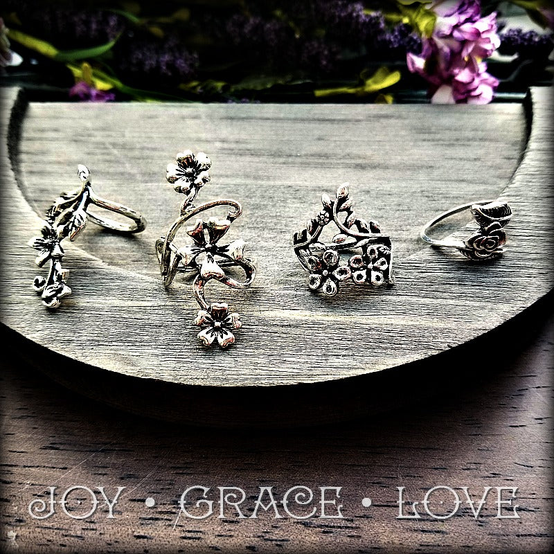 Fistful of Flowers Ring Set