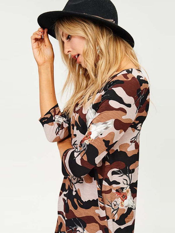 V Neck Floral Mid Sleeve T-shirt