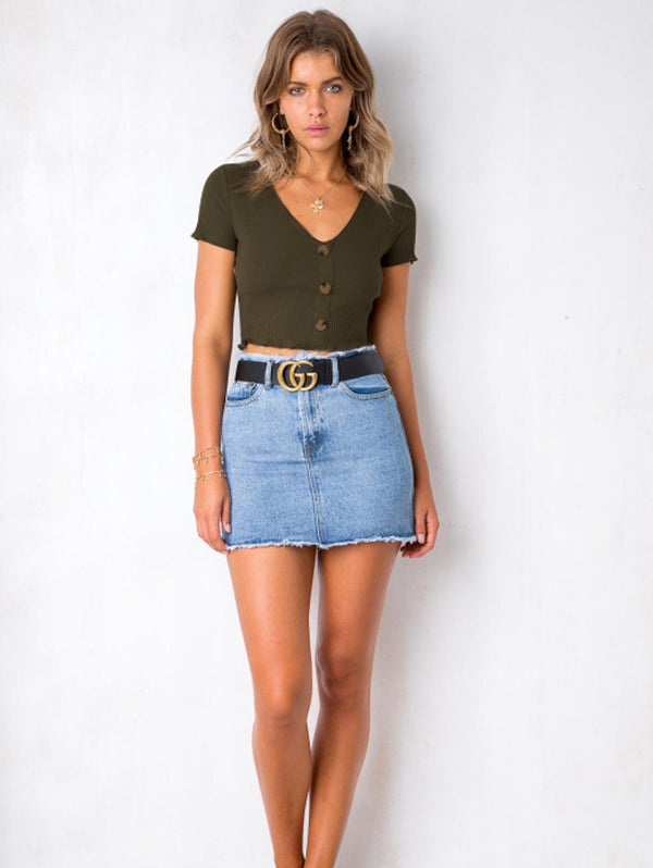 Fashionable V-Neckline Crop Top