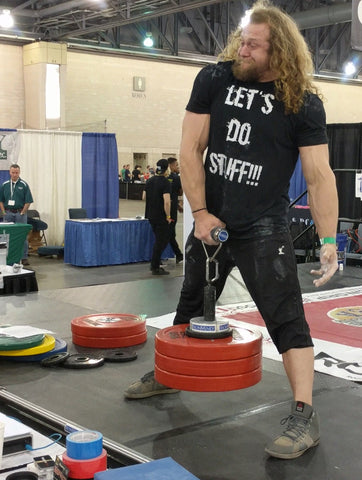 Rolling handle lift at a grip competition