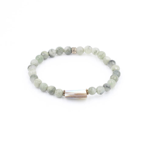 Seaweed Quartz Bracelet with Shell