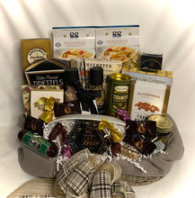 Load image into Gallery viewer, Mangia Gourmet Italian Food Gift Basket