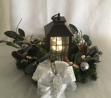 Load image into Gallery viewer, Lantern of Snow and White Berries
