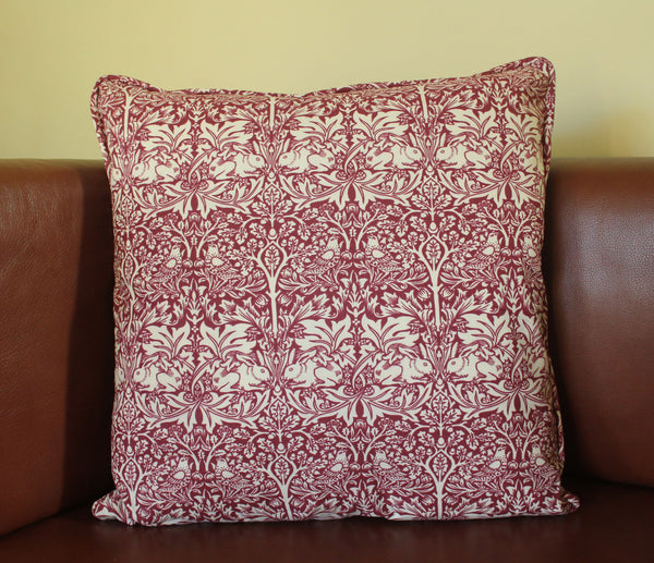 <p>Cushion with duck feather inner pad in the charming Brother Rabbit design.</p>