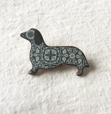 Stockwell Ceramics William Morris Dachshund Brooch