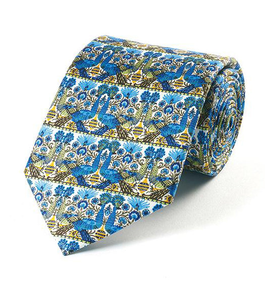 <p>Beautiful and stylish silk tie in the Peacock design by William De Morgan.</p>