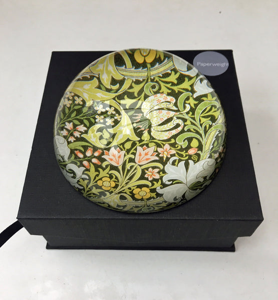 <p>Stylish and useful glass paperweight with the Morris & Co. Golden Lily design.</p>