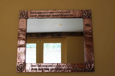 <p>Stunning antique hammered copper Arts and Crafts mirror with embossed verse by Robert Burns.</p>