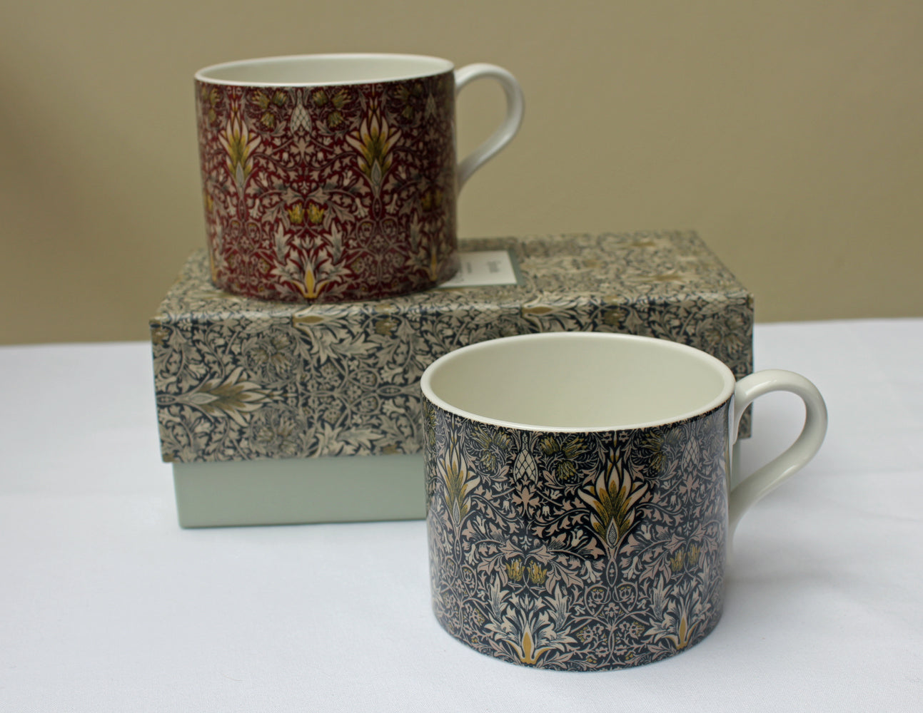 Spode William Morris Snakeshead Mugs, Set of 2 in a Gift Box