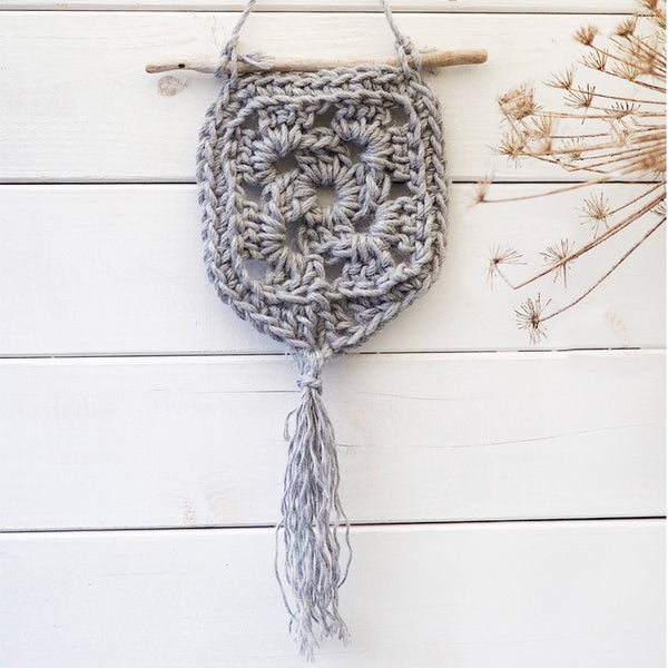 Vanilla Crochet Wall Hanger Kit - Make It Vegan
