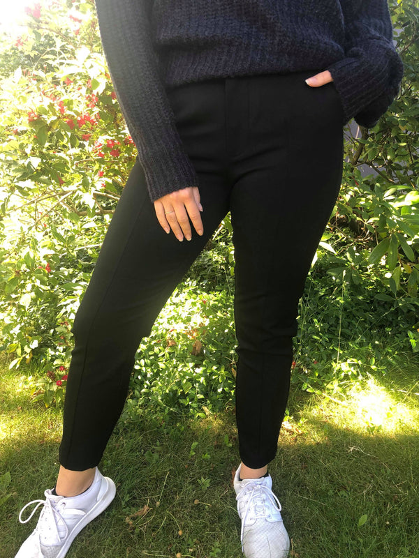 Pulz Jeans Clara Above ankle pant black - Annas Rom