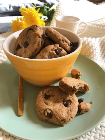 healthy chocolate chip cookie recipe by baraa el sabbagh, dietitian, personal trainer, sports nutritionist