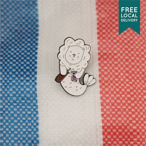 Merlion Bubble Tea Brooch