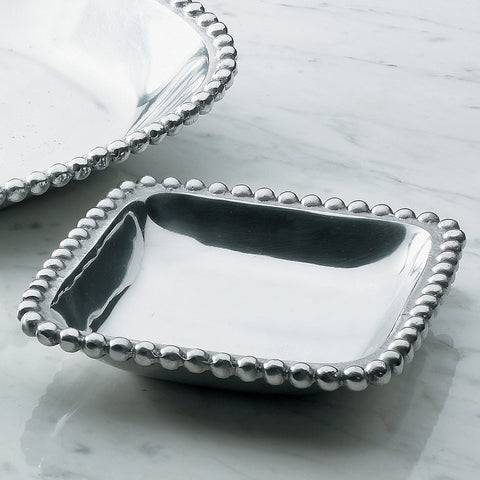 Small shiny silver square shaped tray with a beaded edge. Center of the tray can be engraved with a special message.