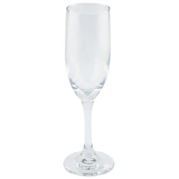 Clear glass champagne flute.