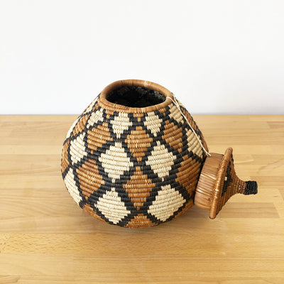 Lidded Zulu Basket #315