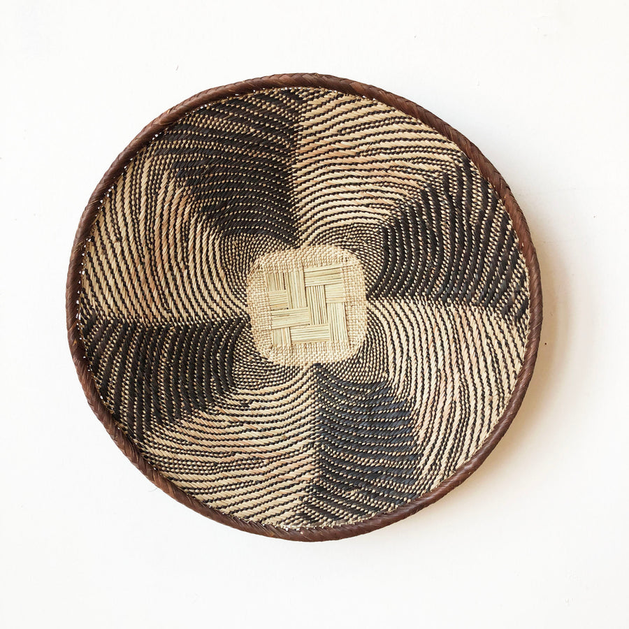 Lidded Zulu Basket #654