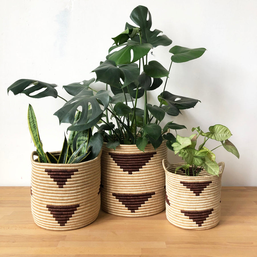 Handled Storage Basket: Brick Triangle