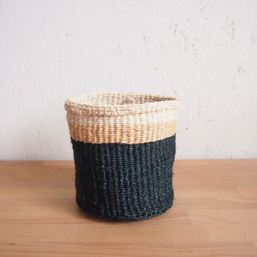 XS Storage Basket: Cave