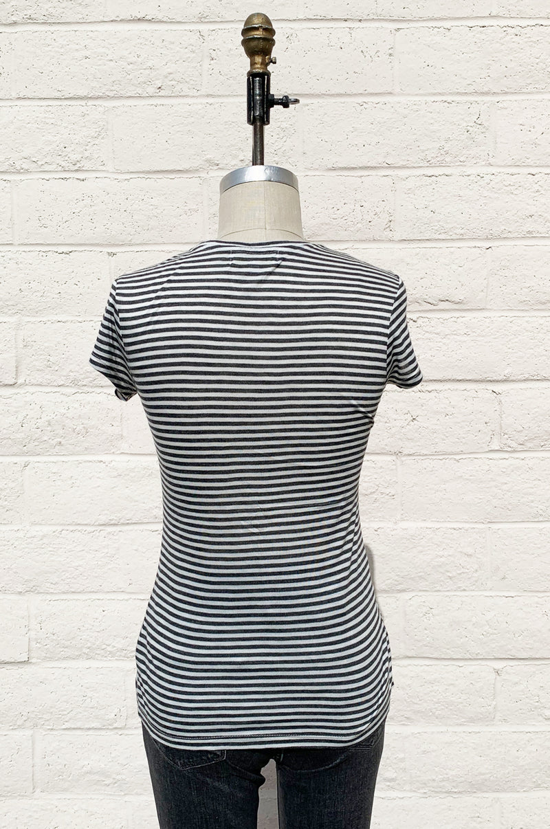 BASIC CREW IN CHARCOAL STRIPE