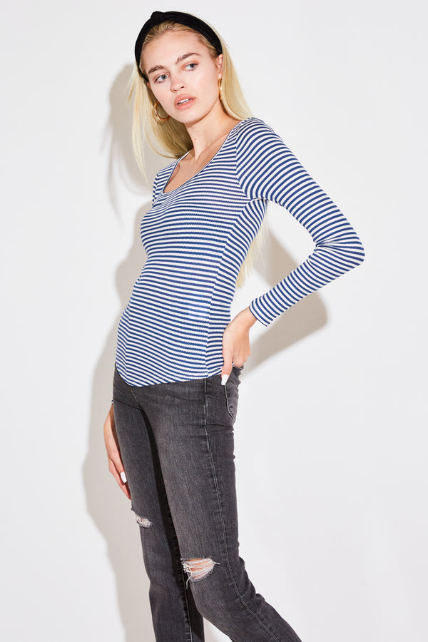 L/S SCOOPNECK IN MARINE THERMAL STRIPE