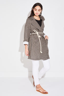 Model wearing the lady & the sailor Relaxed Collared Coat in Taupe Gingham