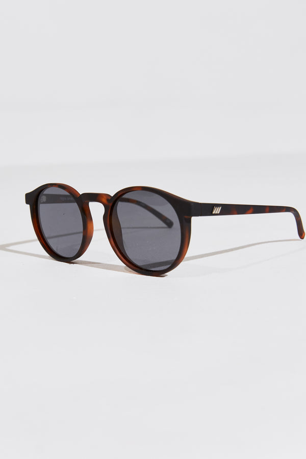 TEEN SPIRIT SUNGLASSES IN MATTE TORT