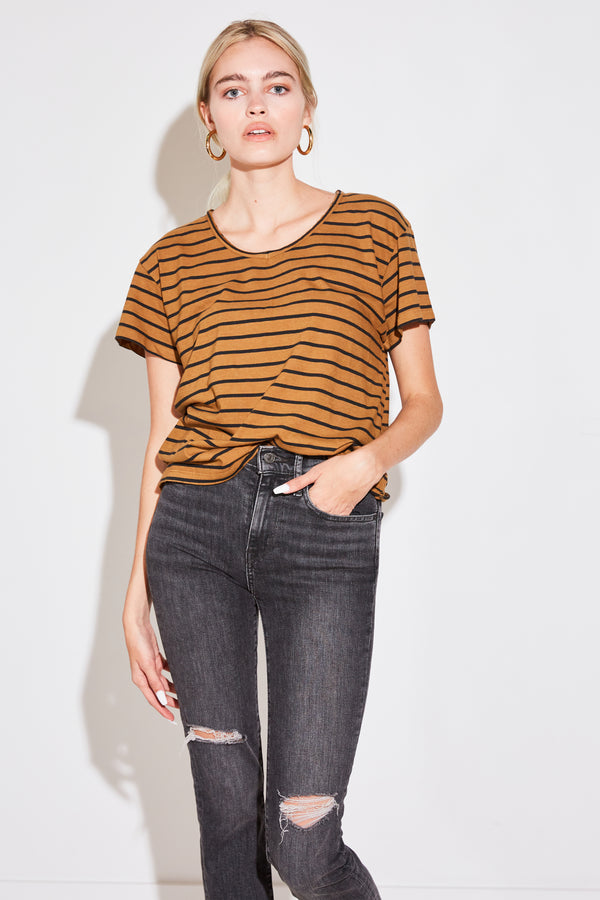RELAXED SPLIT NECK TEE IN COPPER STRIPE