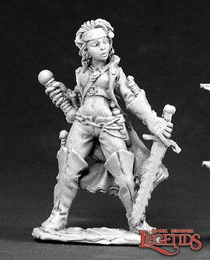 Reaper Miniatures - Female Elf Wizard
