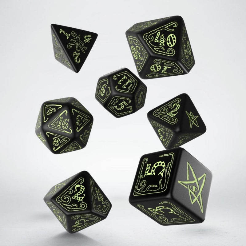 cthulhu dice - black with glow in the dark numbering