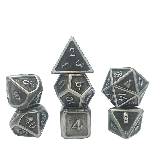 dnd dice - riddle of steel - metal dice