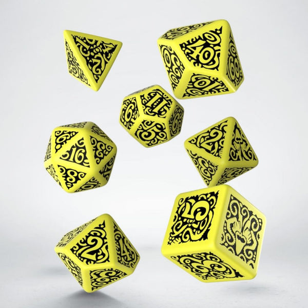 hastur dice - yellow with black numbering